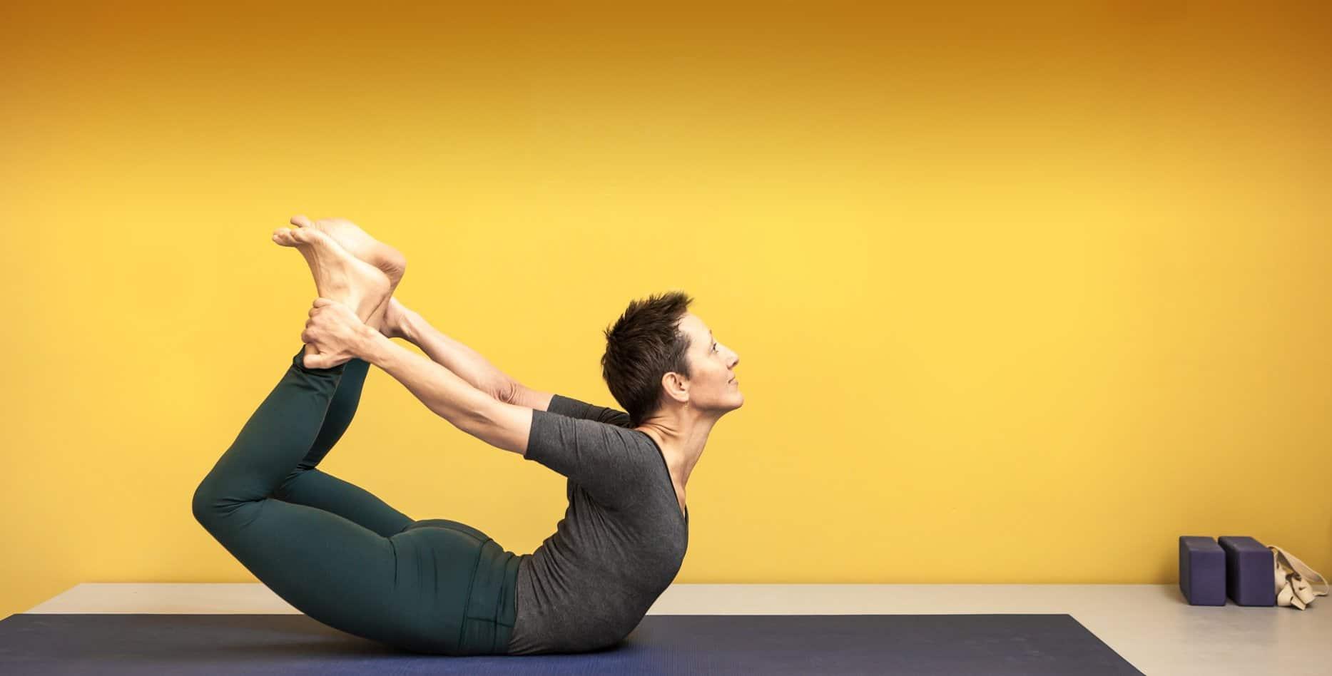 Kristien van Reusel yogahouding eigenaar en docent Yogaschool Amsterdam